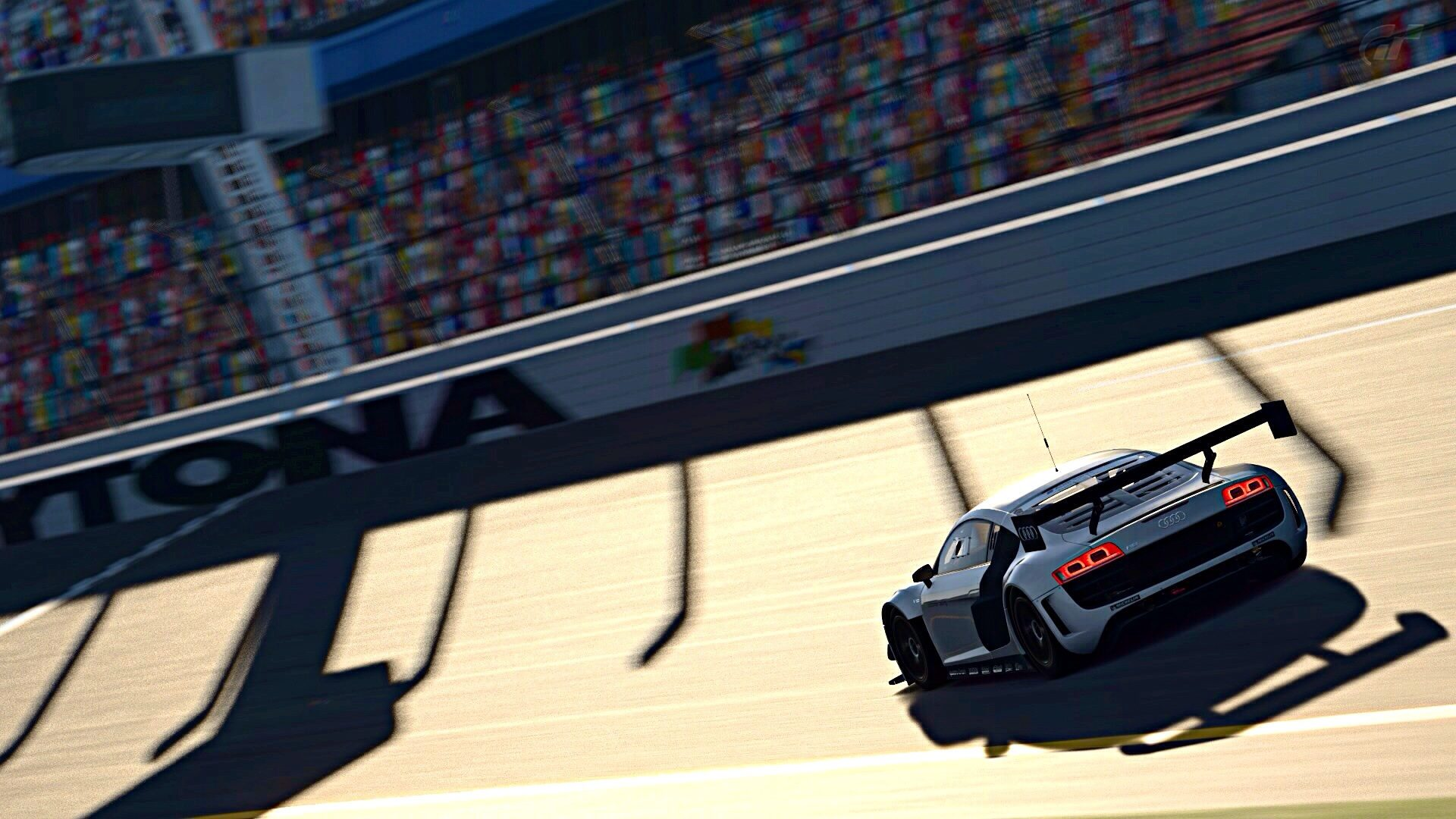 R8 LMS Daytona Road Course (2).jpg