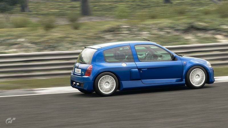 Renault Clio V6 - Dragon Trail 1.jpg