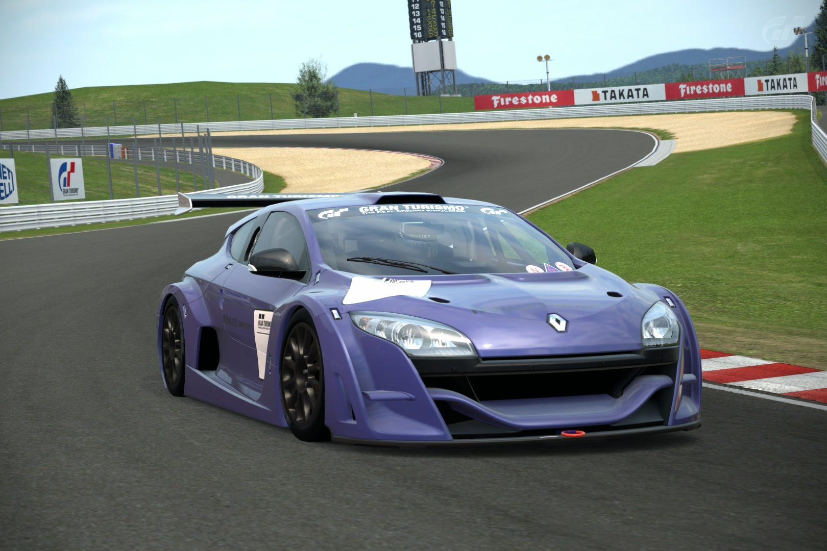 RenaultSportMeganeBase11Img2.jpg