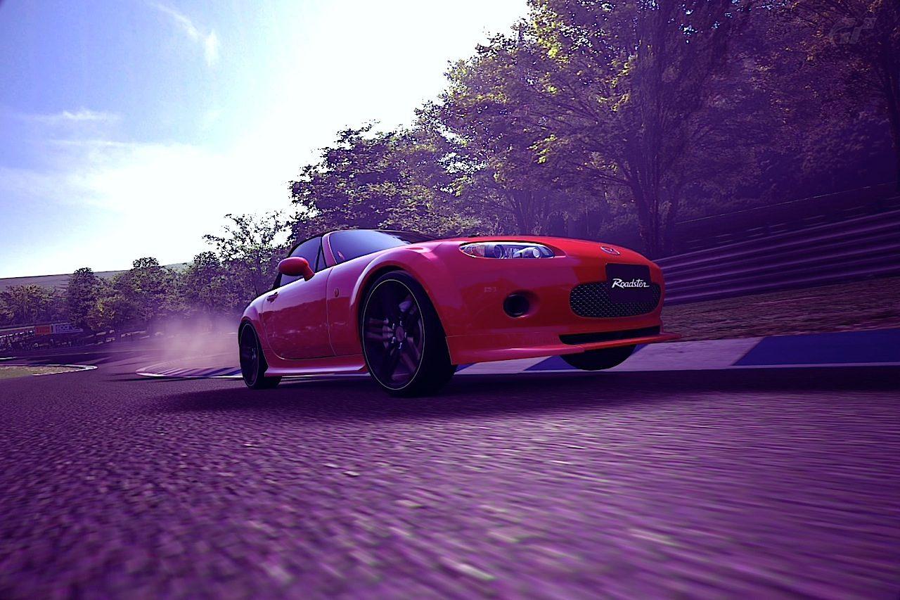 Roadster Front.jpg