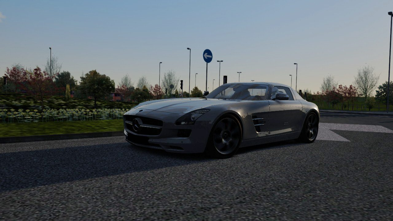 Screenshot_mercedes_sls_pudsey_21-9-2014-9-25-10.jpg