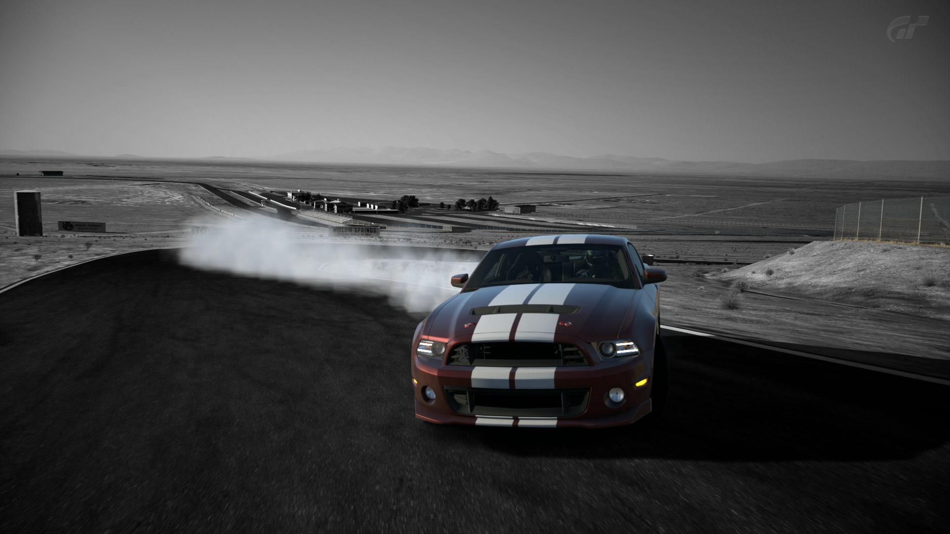 ShelbyGT500001.jpg