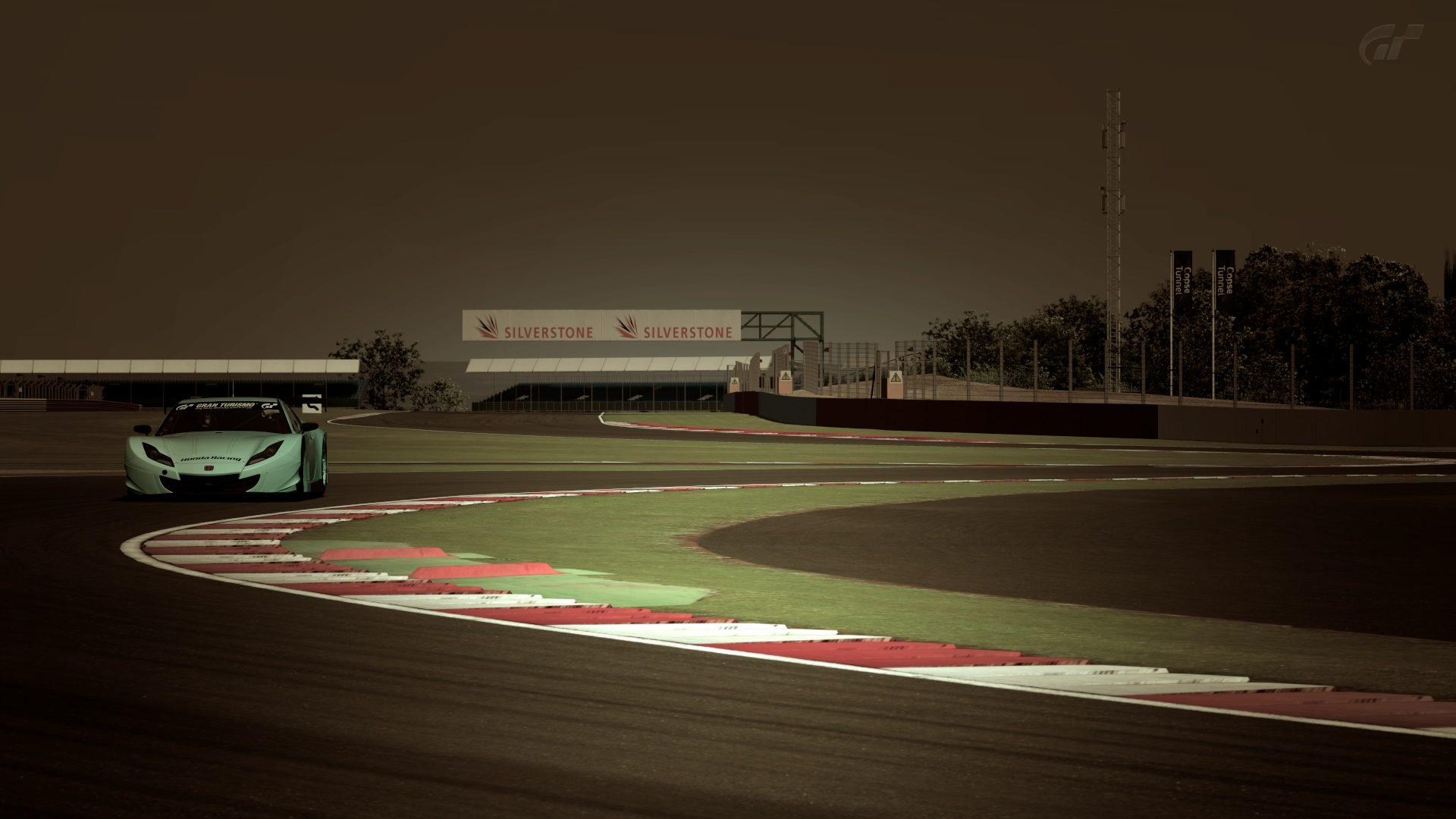 Silverstone Grand Prix Circuit.jpg