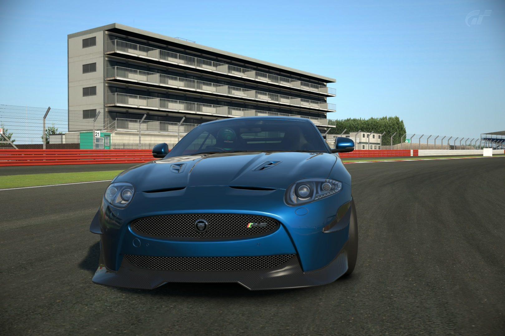 Silverstone Grand Prix Circuit_2.jpg