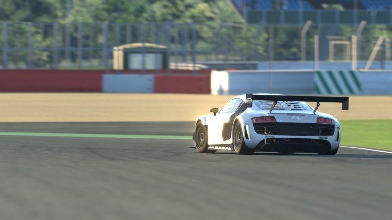 Silverstone Grand Prix Circuit_6.jpg