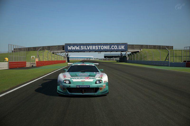 Silverstone Grand Prix Circuit_8.jpg