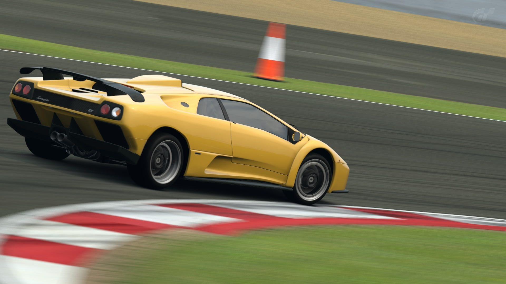 Silverstone International Circuit_4.jpg