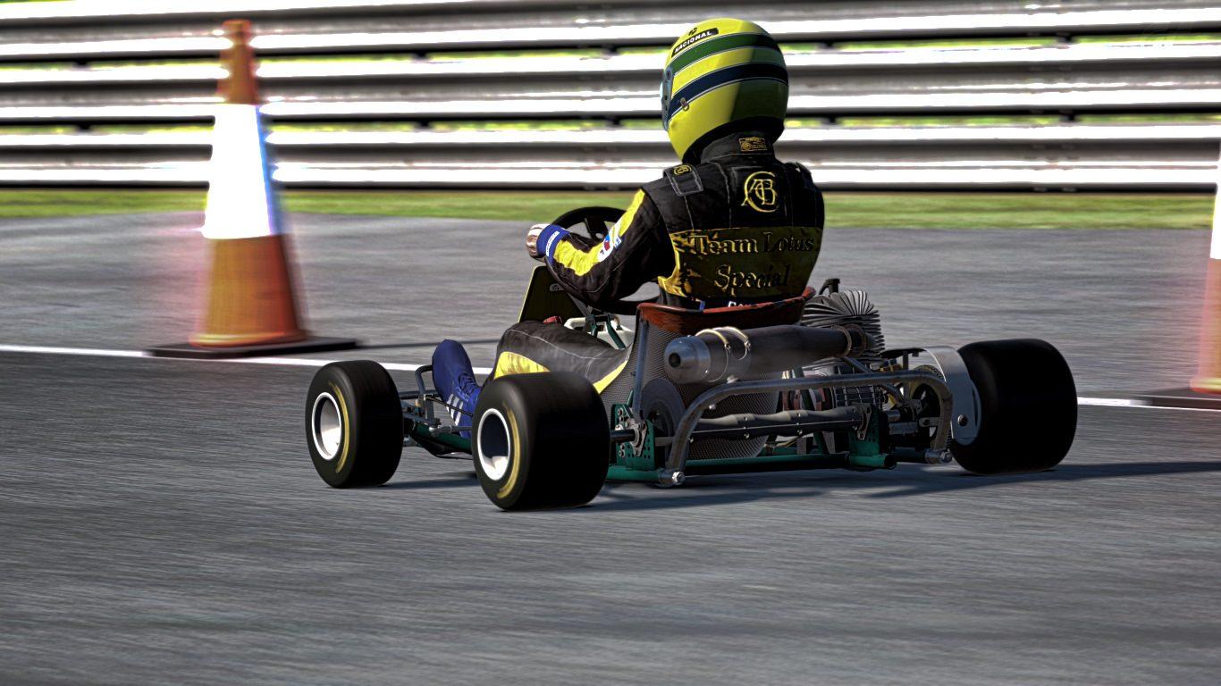 Silverstone The Stowe Circuit_2.jpg