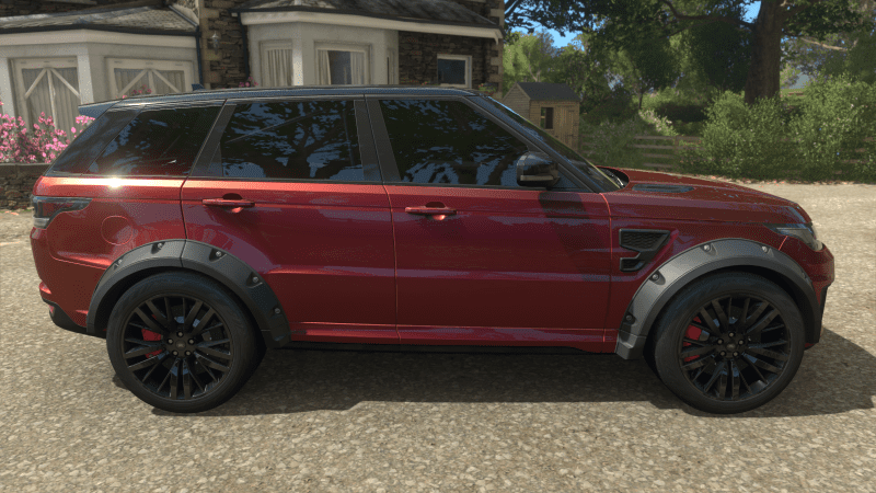 Spectral Racing Red Range Rover 2.PNG