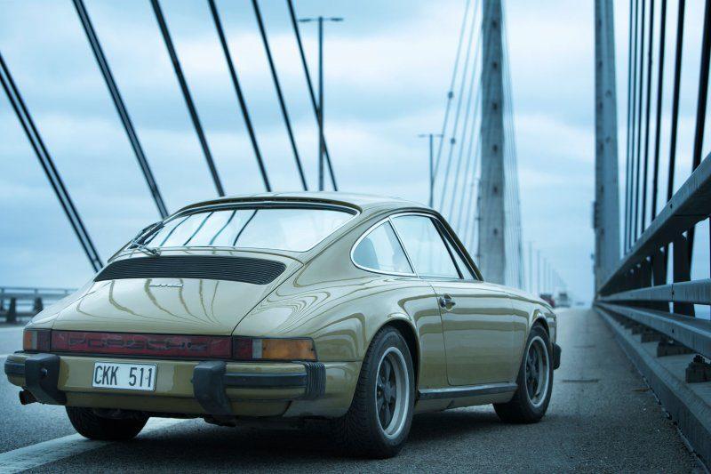 The-Bridge-Porsche-911.jpg