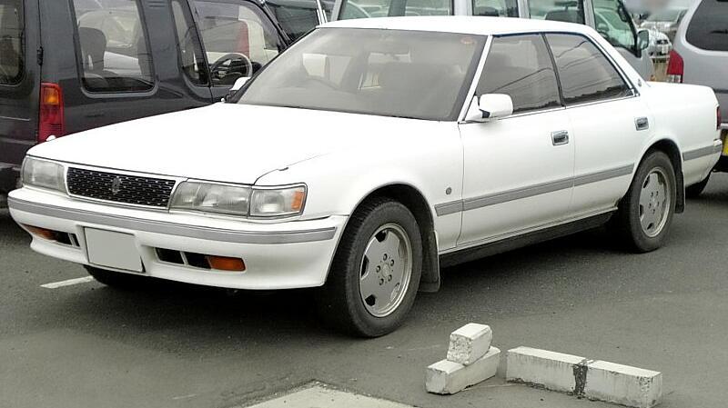 Toyota_Chaser_1990 (1).jpg
