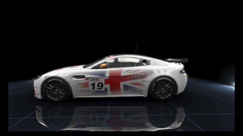 V8 Vantage GT4 Adrenaline White _19.jpeg