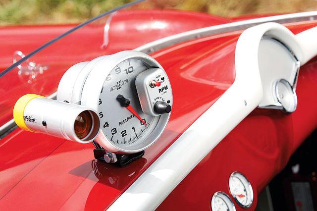 vemp_0709_03_z+c1_corvette_drag_car+tachometer.jpg
