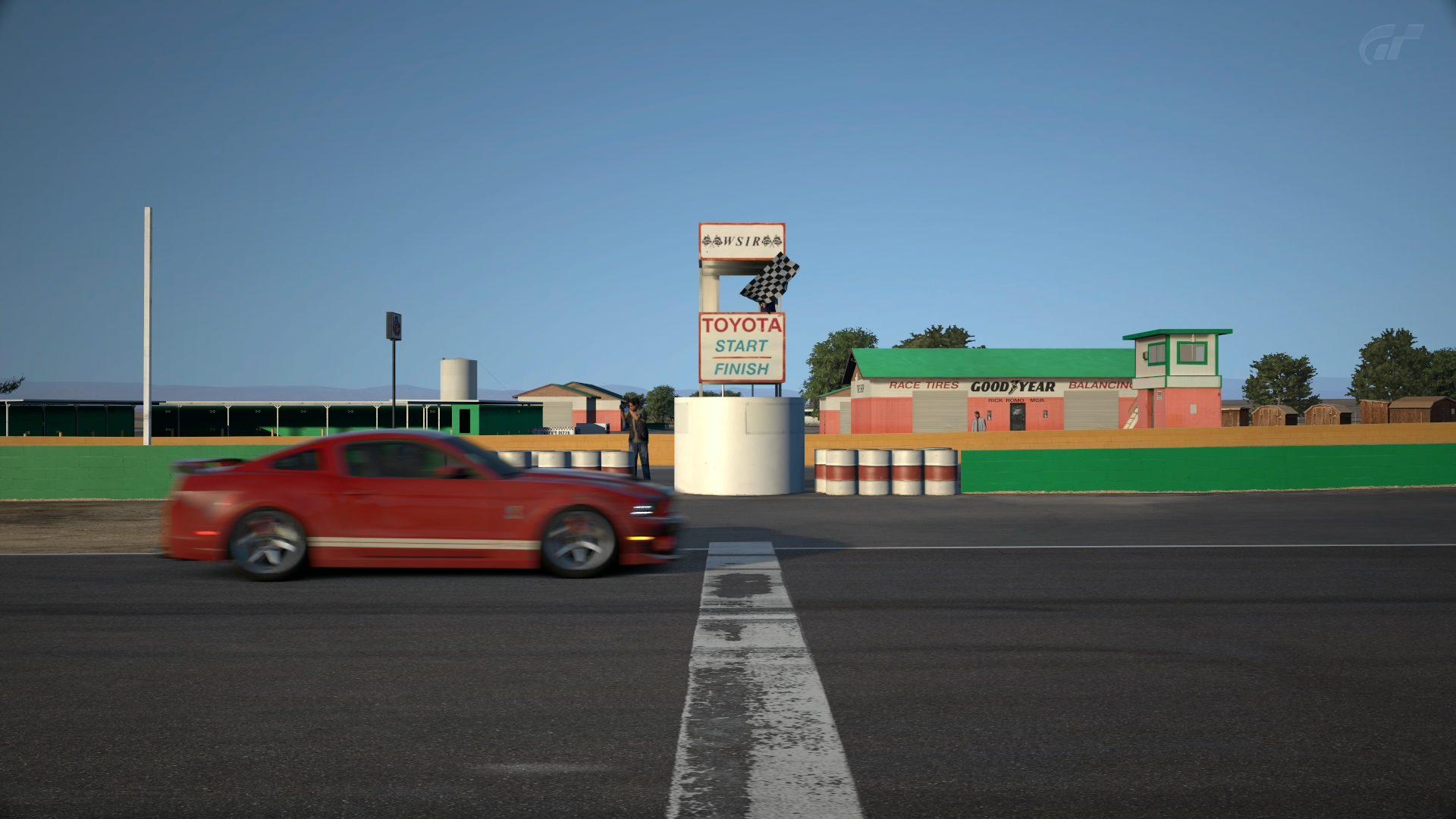 Willow Springs International Raceway_ Big Willow_4.jpg