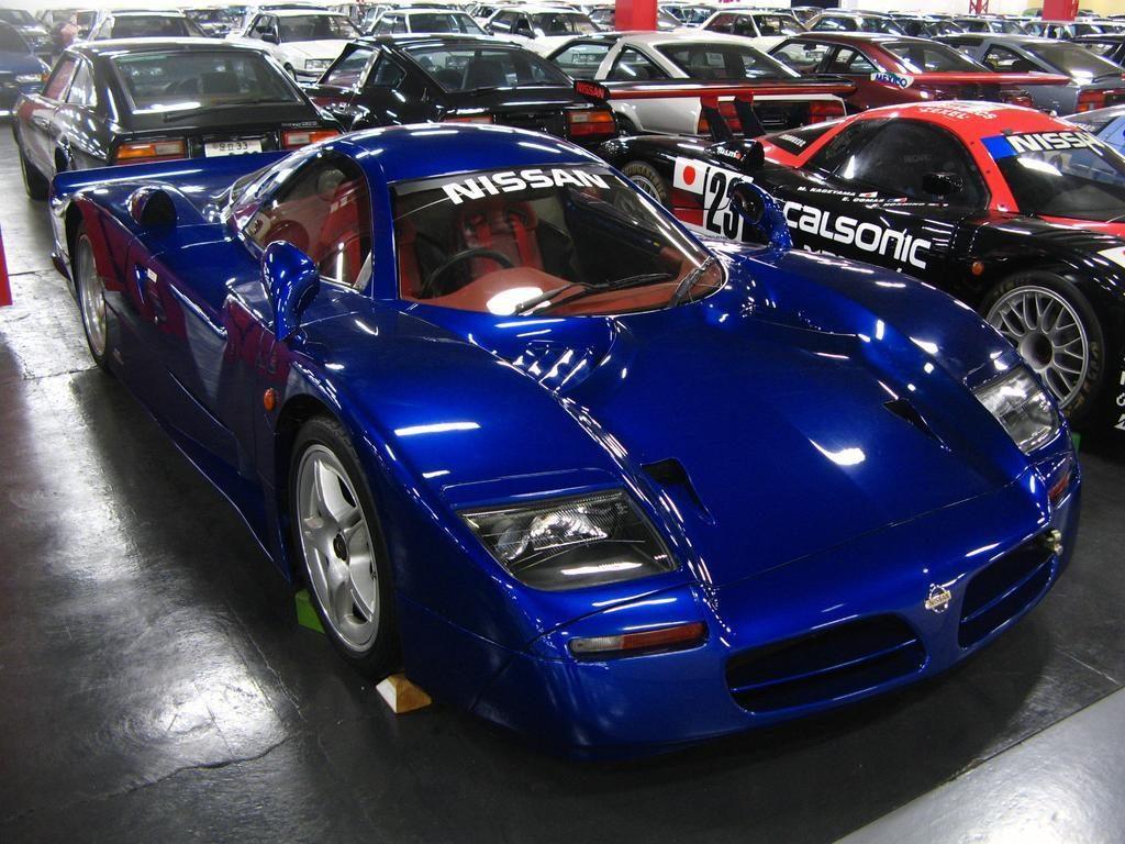Nissan R390 Gt1 Road Car Premium 1998