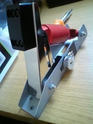 SPIKING PEDALS FIX: Clean your Logitech G25/G27 Pedal
