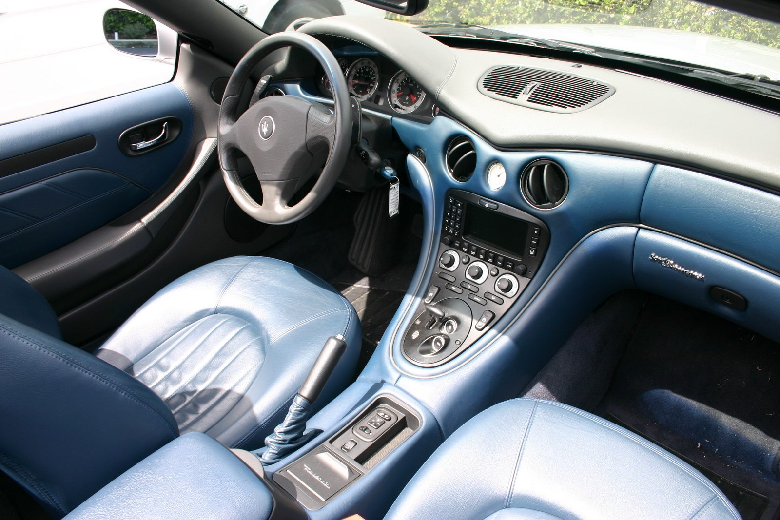 Maserati Spyder 90th Anniversary Edition 2004