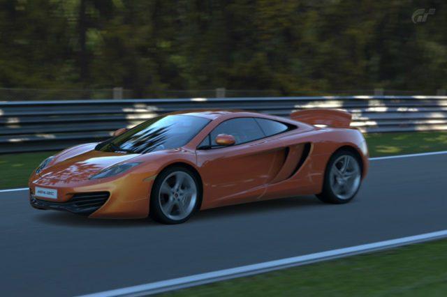 http://www.gtpla.net/wp-content/uploads/2010/11/nrburgringnordschleife1-3-640x426.jpg