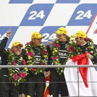signatech-nissan-lemans-2011-podium-thumb