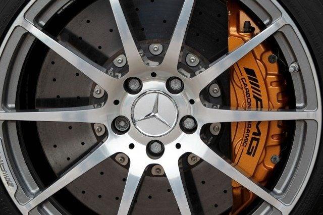 mercedes benz sls amg wheel wallpaper 3