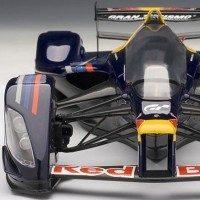 autoart-red-bull-x2010-1