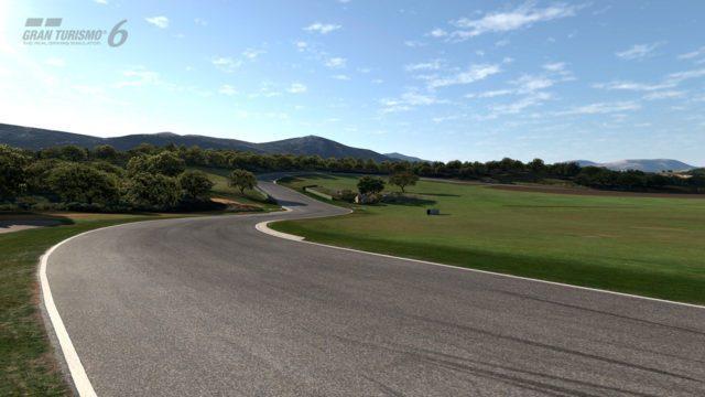 Gran Turismo 6 su PS3 e non su PS4