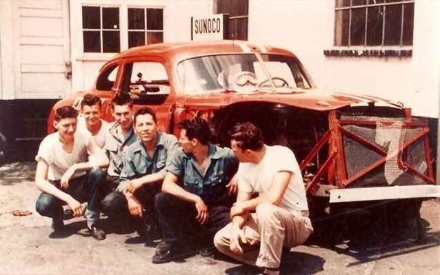 mario-andretti-posing-with-friends hudson hornet gt6 first love