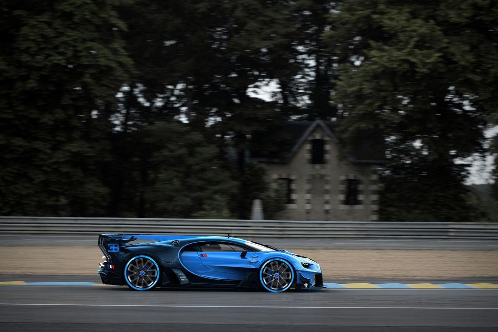 Bugatti Shows Off A Life-Sized Vision GT Replica on ford gt wallpaper hd, nissan gt wallpaper hd, mustang gt wallpaper hd, bmw gt wallpaper hd, mercedes amg gt wallpaper hd,