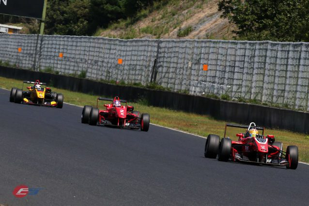 All-Japan-F3_Jann-Twin-Red