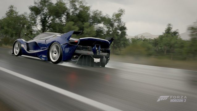 Overdrive003 dares to take the Ferrari FXX K for a sprint in the rain.