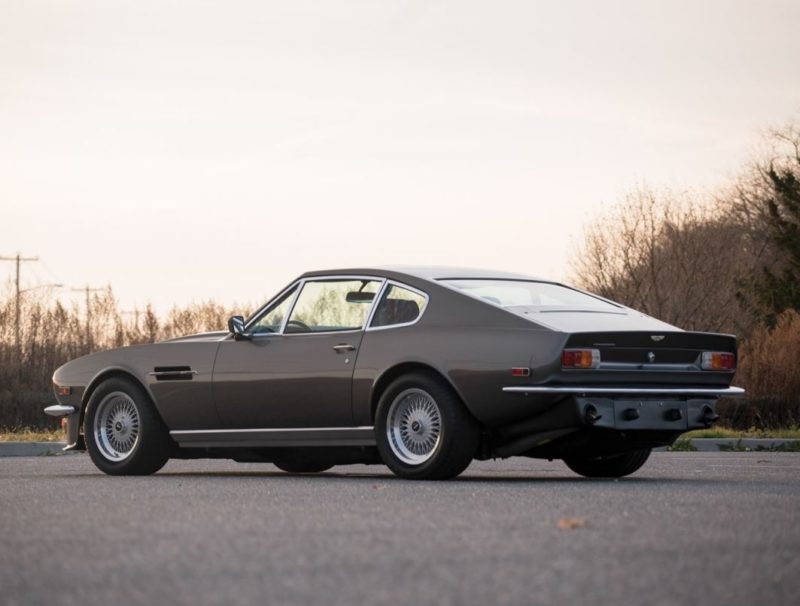 Britain S First Supercar The Aston Martin V8 Vantage