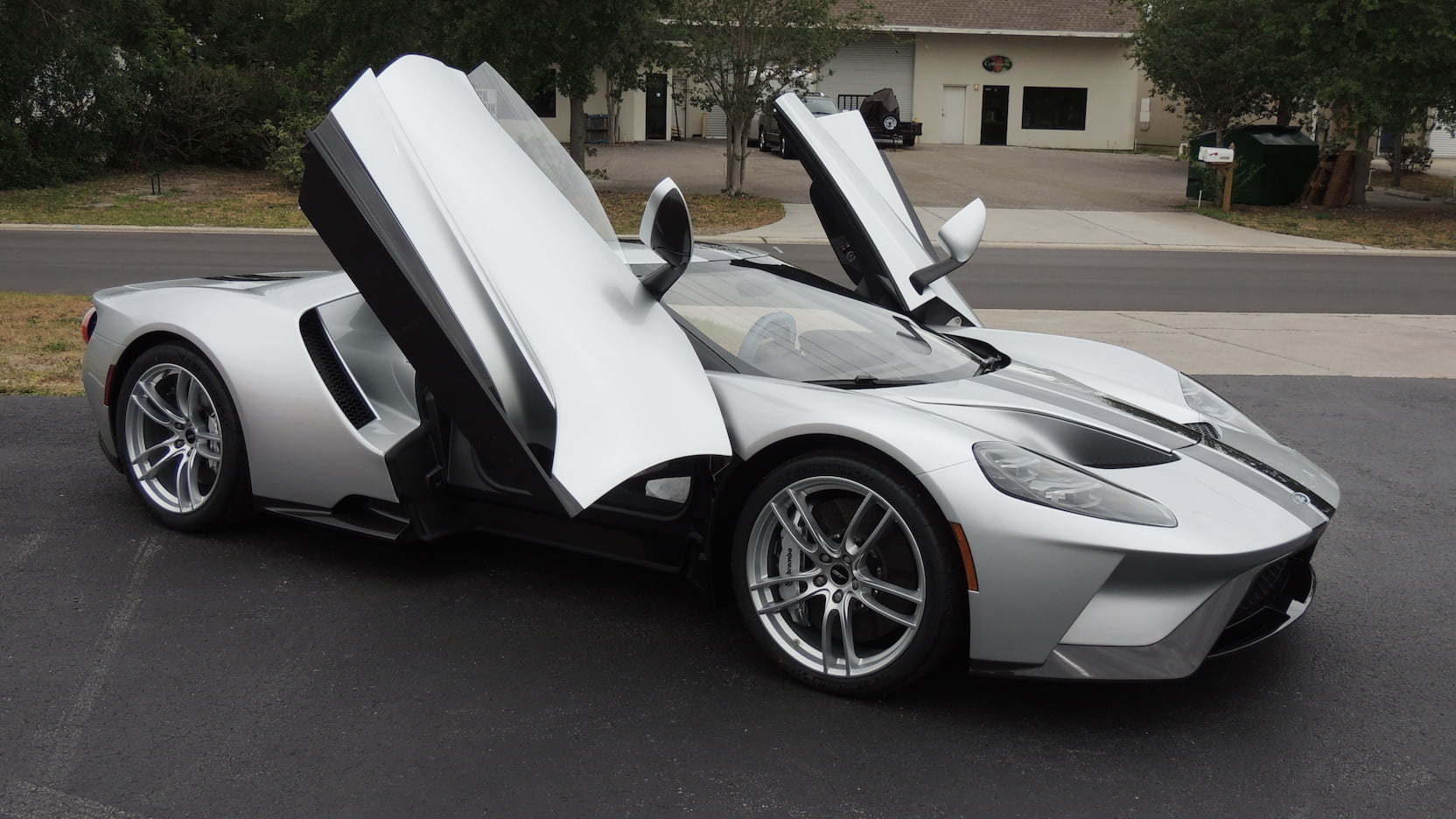 You Can Buy Yourself This Ford Gt This Weekend But You Shouldnt Be Able To