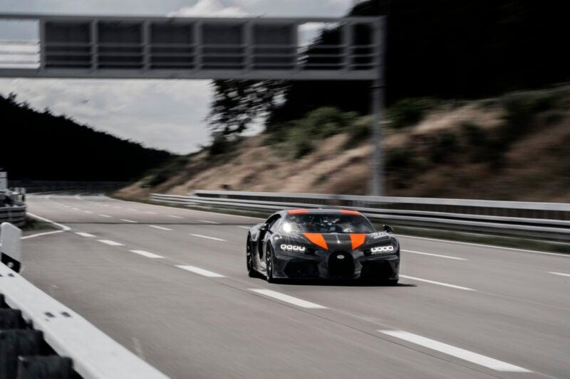 Bugatti Chiron breaks the 300mph barrier