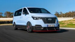 Hyundai Builds 400hp V6 Time Attack... Minivan?