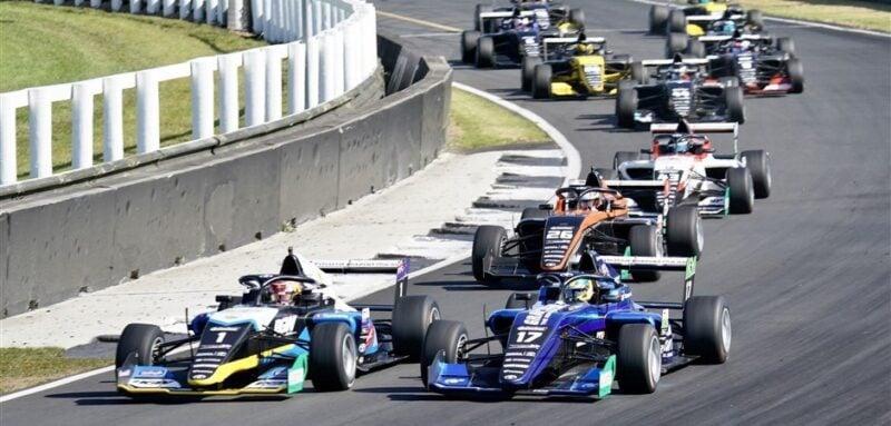 2020-TRS-Race3-Pukehoke-Fraga-800x383 How Gran Turismo Saved Igor Fraga